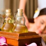 Wat is een Thaise massage en wat is een Traditionele Thaise massage kunst van het masseren